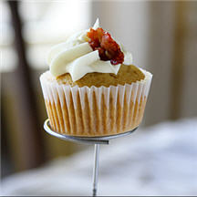 Maple Browned Butter Bacon Cupcakes