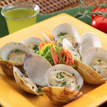 Wine and Herb Steamed Clams