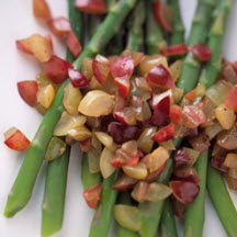 Asparagus with Fresh Grape Relish